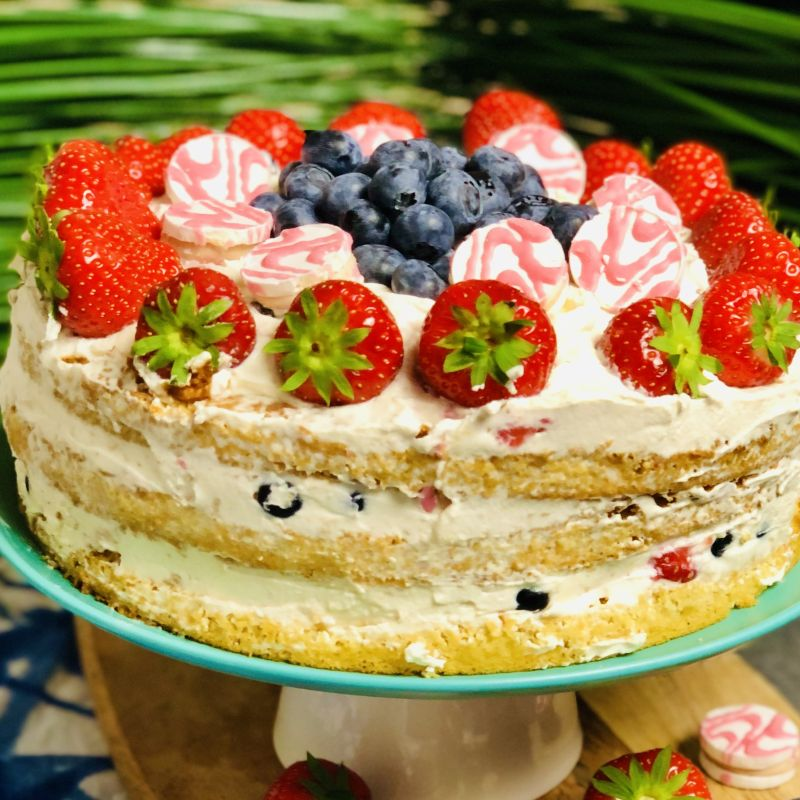 Strawberry Sponge Cake Temptation